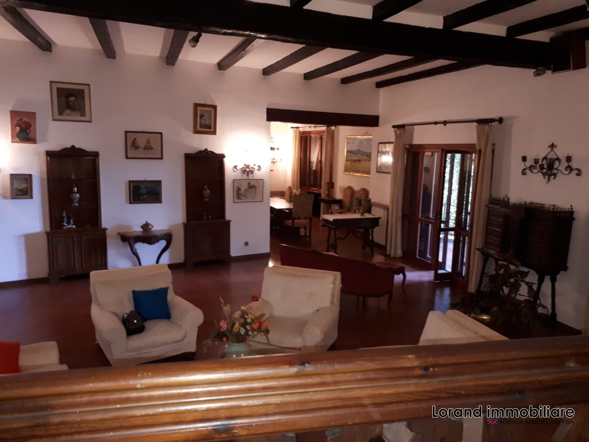 Villa vendita PISA (PI) - 7 LOCALI - 400 MQ